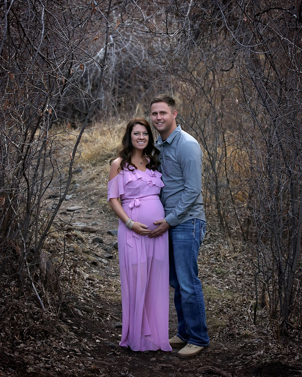 maternity photo in fort collins colorado